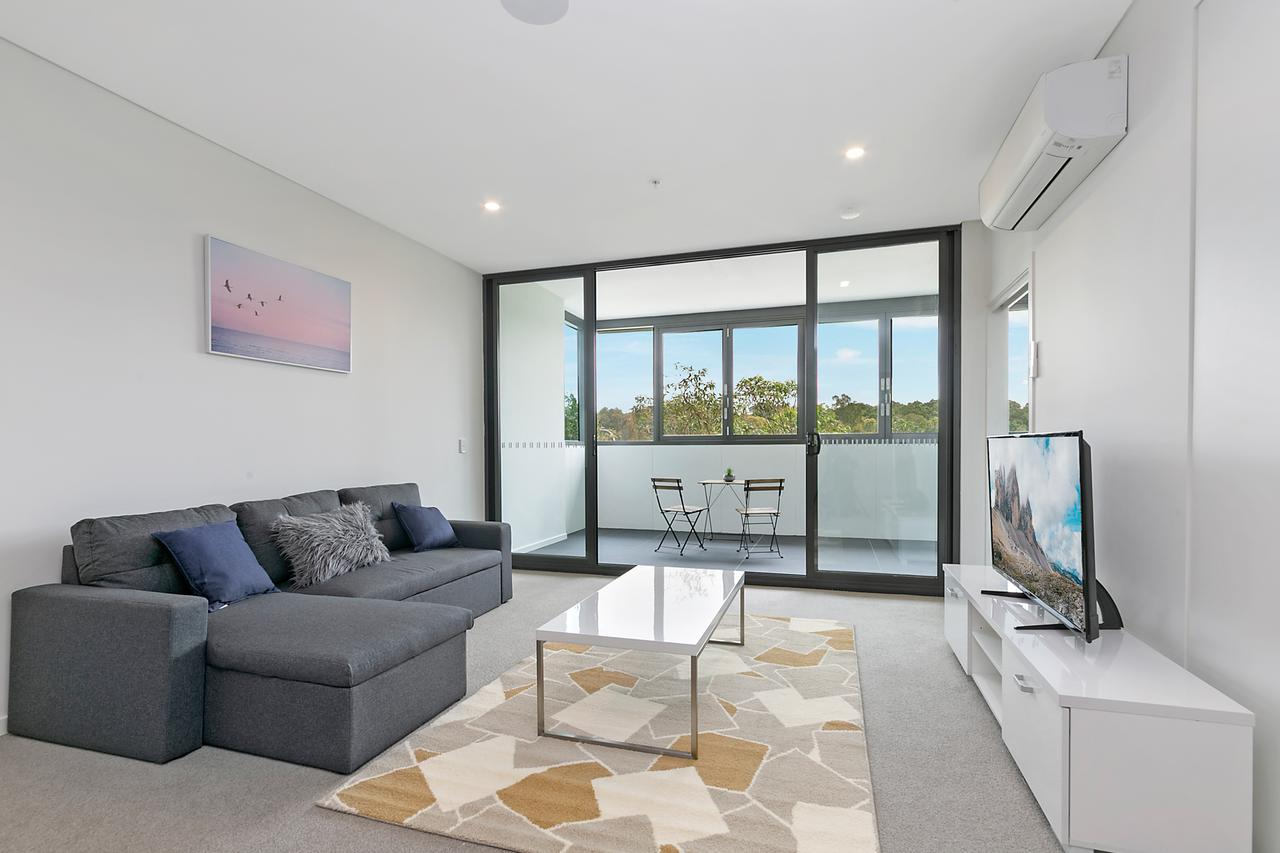 Stylish and Neat two bed apartment in Wentworth Point - Lightning Ridge Tourism