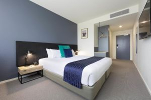 Mantra MacArthur Hotel - Lightning Ridge Tourism