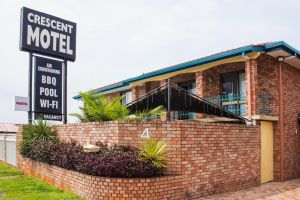 Crescent Motel Taree - Lightning Ridge Tourism