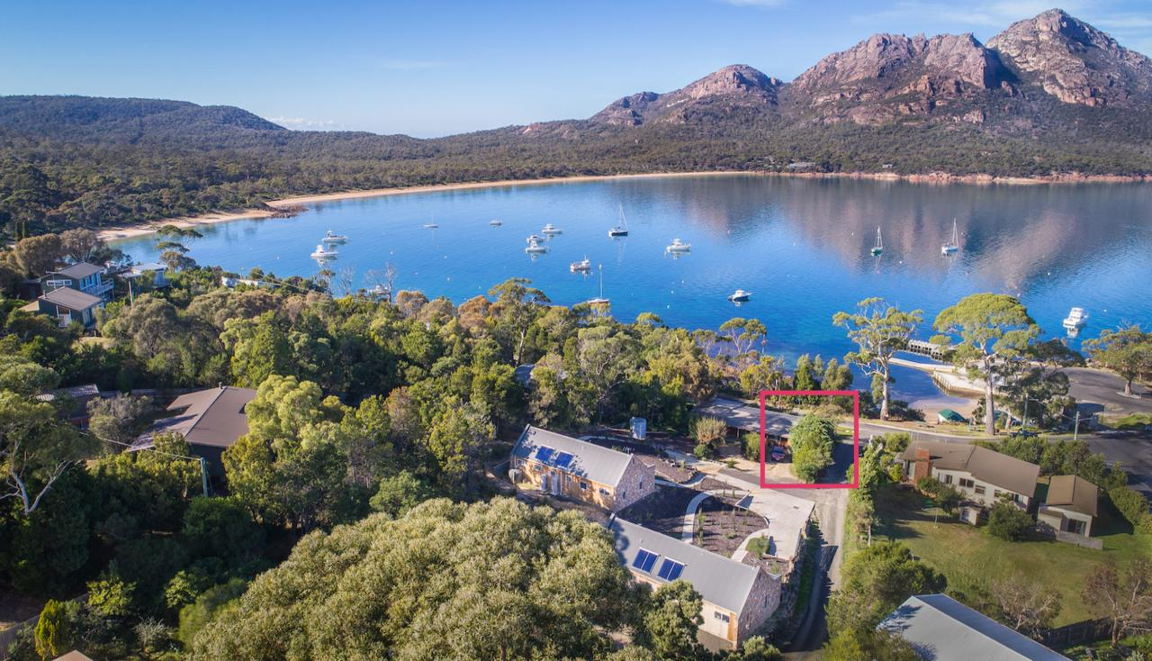 Freycinet Timber Cottage 1