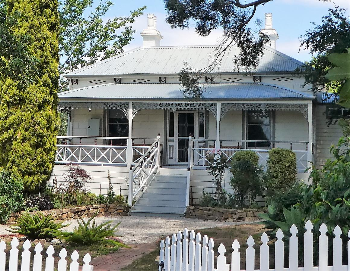 Fairbank House - Lightning Ridge Tourism