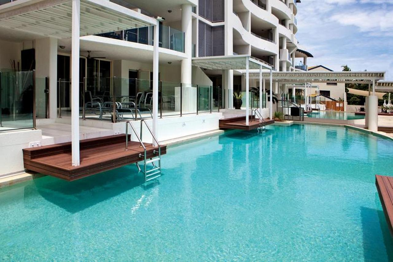 Waters Edge Apartment Cairns - Lightning Ridge Tourism