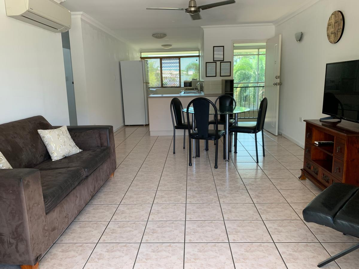 Townsville Holiday Apartments - Lightning Ridge Tourism